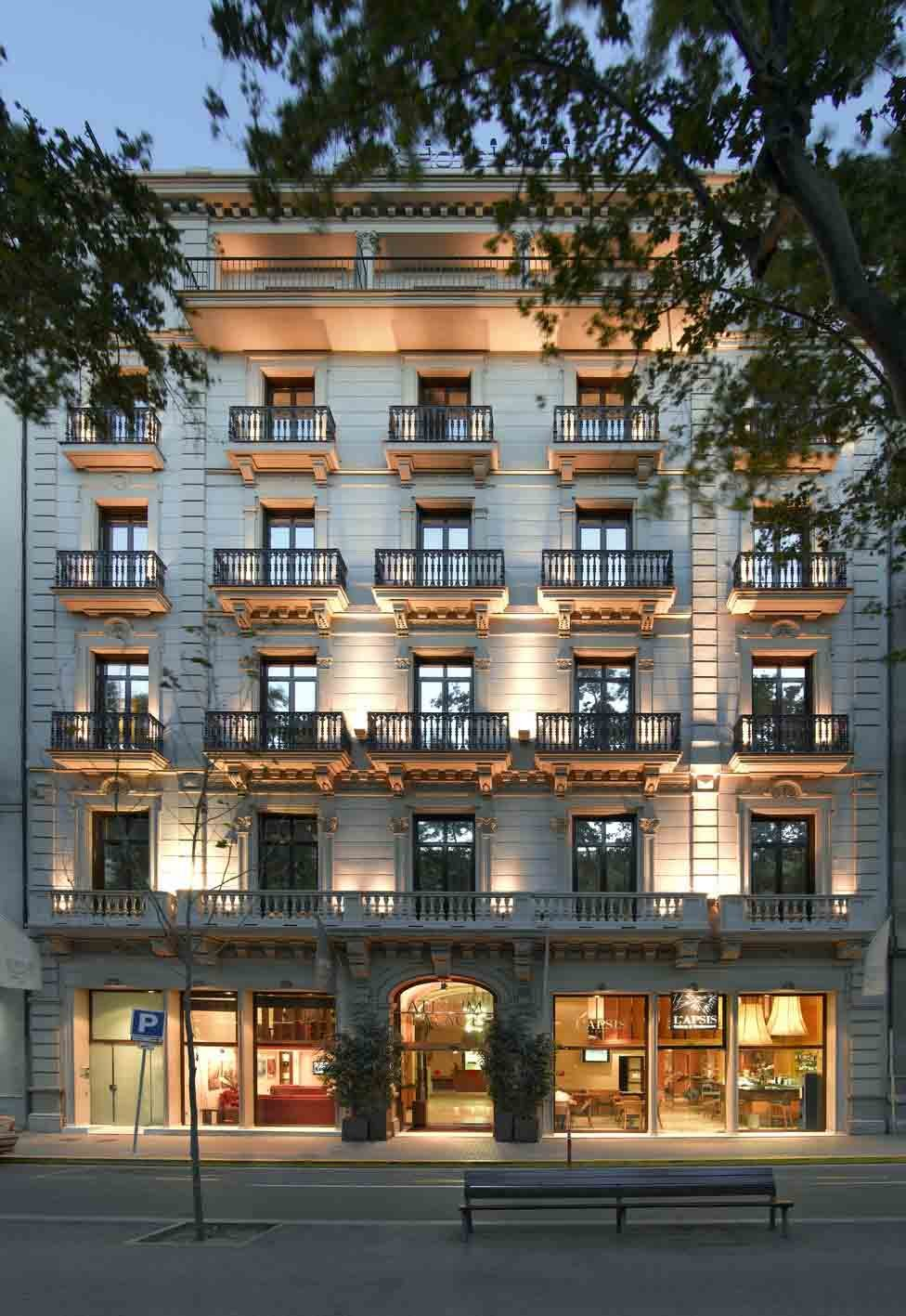Hotel Atrium | Facade