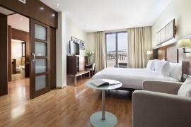 (Español) Hotel Atrium | Suite