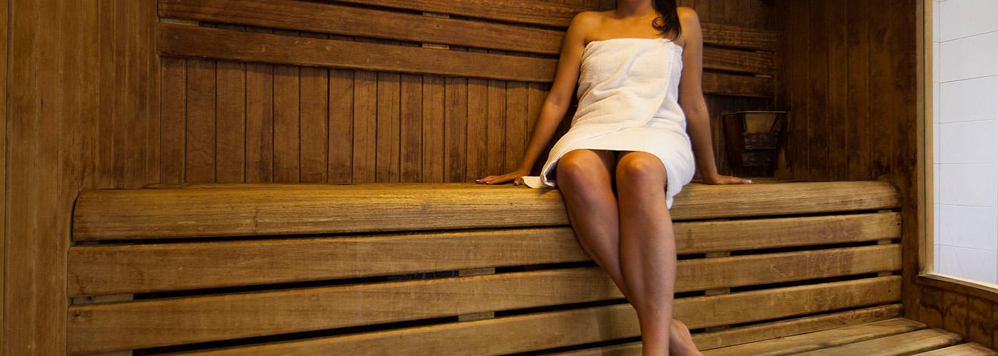 (Español) Hotel Atrium | Sauna