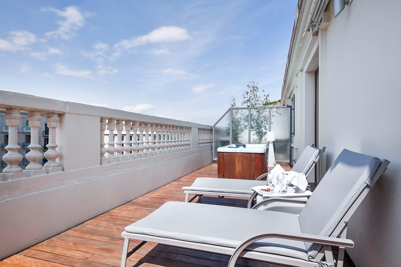 hotel_atriumpalace_suite_jacuzzi_3
